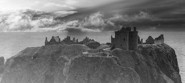 Misty Dunnottar Castle_G5A0690-Pano