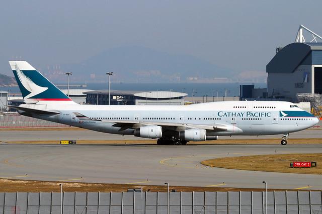 Cathay Pacific   Boeing 747-400   B-HUF   Hong Kong International