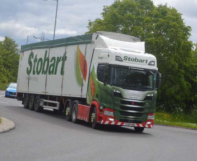Eddie Stobart PY69 AMV Driving Along the A5 At Oswestry