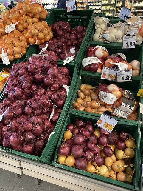365/287 2021-10-14 Onions