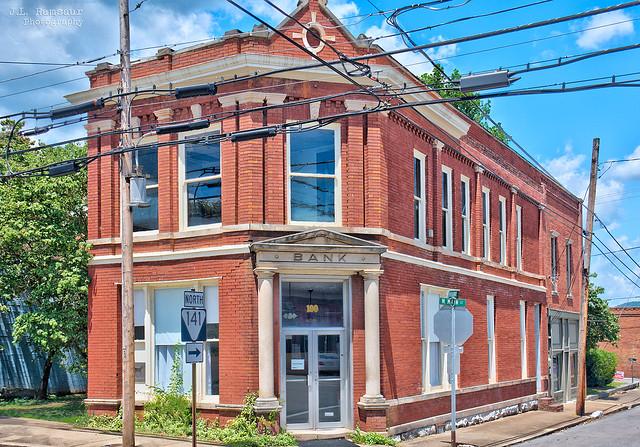 Historic Bank of Hartsville building - Downtown Hartsville, Tennessee