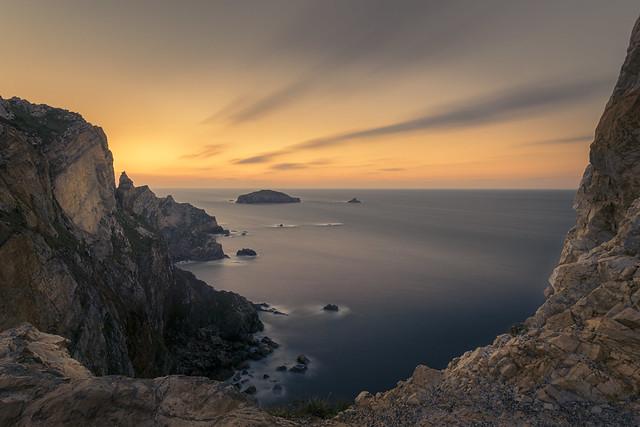 Isla Erbosa, Cabo de Peñas