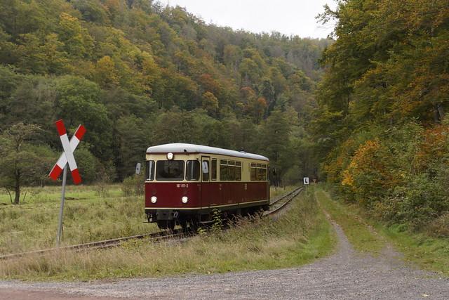 HSB 187 011-2 als treinnummer 8921 met eindbestemming station Nordhausen in Netzkater 15-10-2021