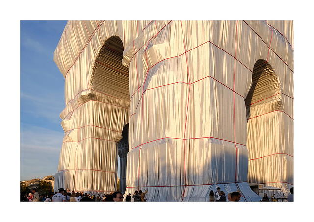 L'Arc de Triomphe, Wrapped  2021.09.22,19h26