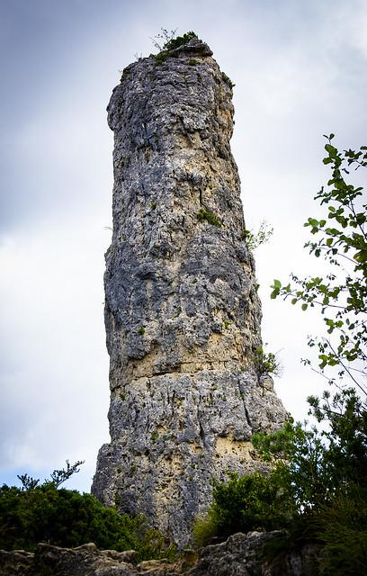 Un altre cavall bernat / That's a huge... rock