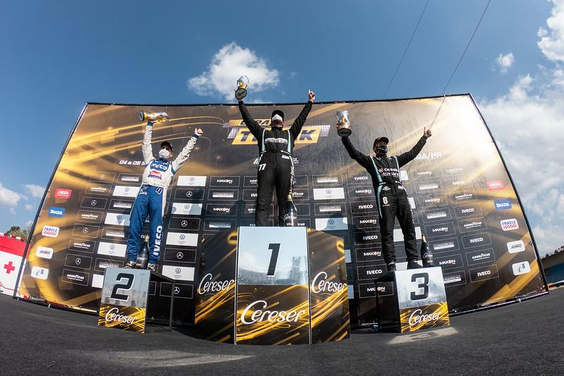 05/09/21 - Emoções da corrida 2 da 7ª etapa da Copa Truck em Curitiba - Fotos: Duda Bairros e Rafael Gagliano