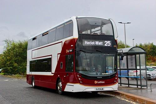 SJ71 HJN 'Lothian Buses' No. 658. Volvo B5TL / Alexander Dennis Ltd. Enviro 400MMC on Dennis Basford's railsroadsrunways.blogspot.co.uk'