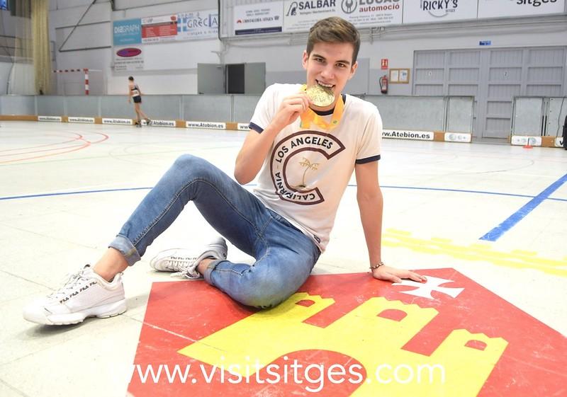 Pau García, entrenador del Patinatge Artístic Sitges proclamado campeón del mundo de patinaje