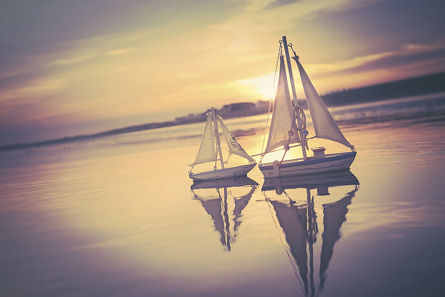 sunset serenity sail