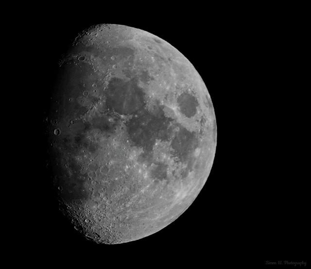 Moon (02 B/W). Waxing Gibbous. 15 Oct 2021