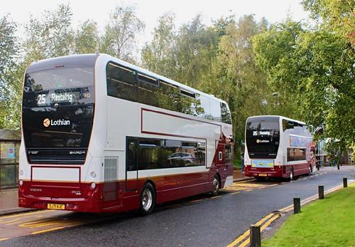 SJ71 HJC 'Lothian Buses' No. 652. Volvo B5TL / Alexander Dennis Ltd. Enviro 400MMC on Dennis Basford's railsroadsrunways.blogspot.co.uk'