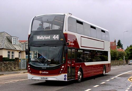SJ71 HJG 'Lothian Buses' No. 656. Volvo B5TL / Alexander Dennis Ltd. Enviro 400MMC /1 on Dennis Basford's railsroadsrunways.blogspot.co.uk'