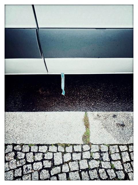 Minimalism at the sideway