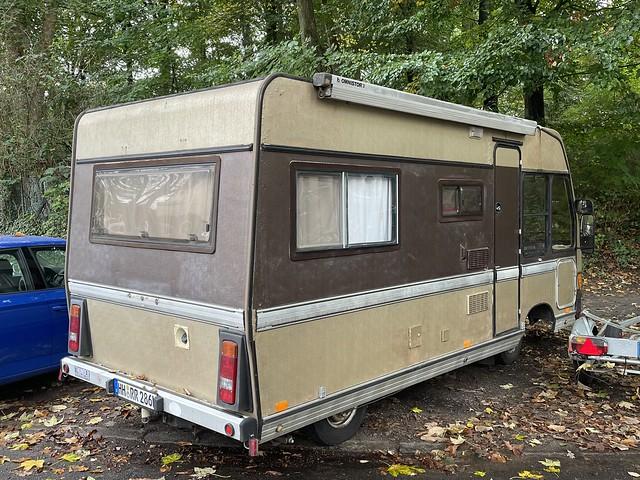 Mercedes Camper