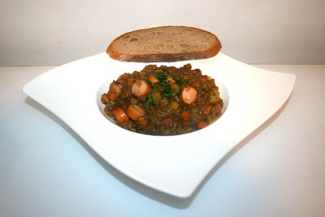 43 - Lentil stew with wiener sausages - Side view / Linseneintopf mit Wiener Würstchen - Seitenansicht