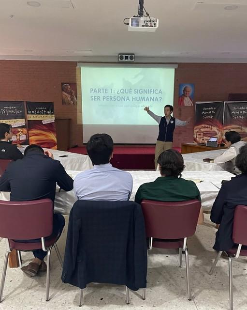 Pablo Beuchat introduce la cumbre