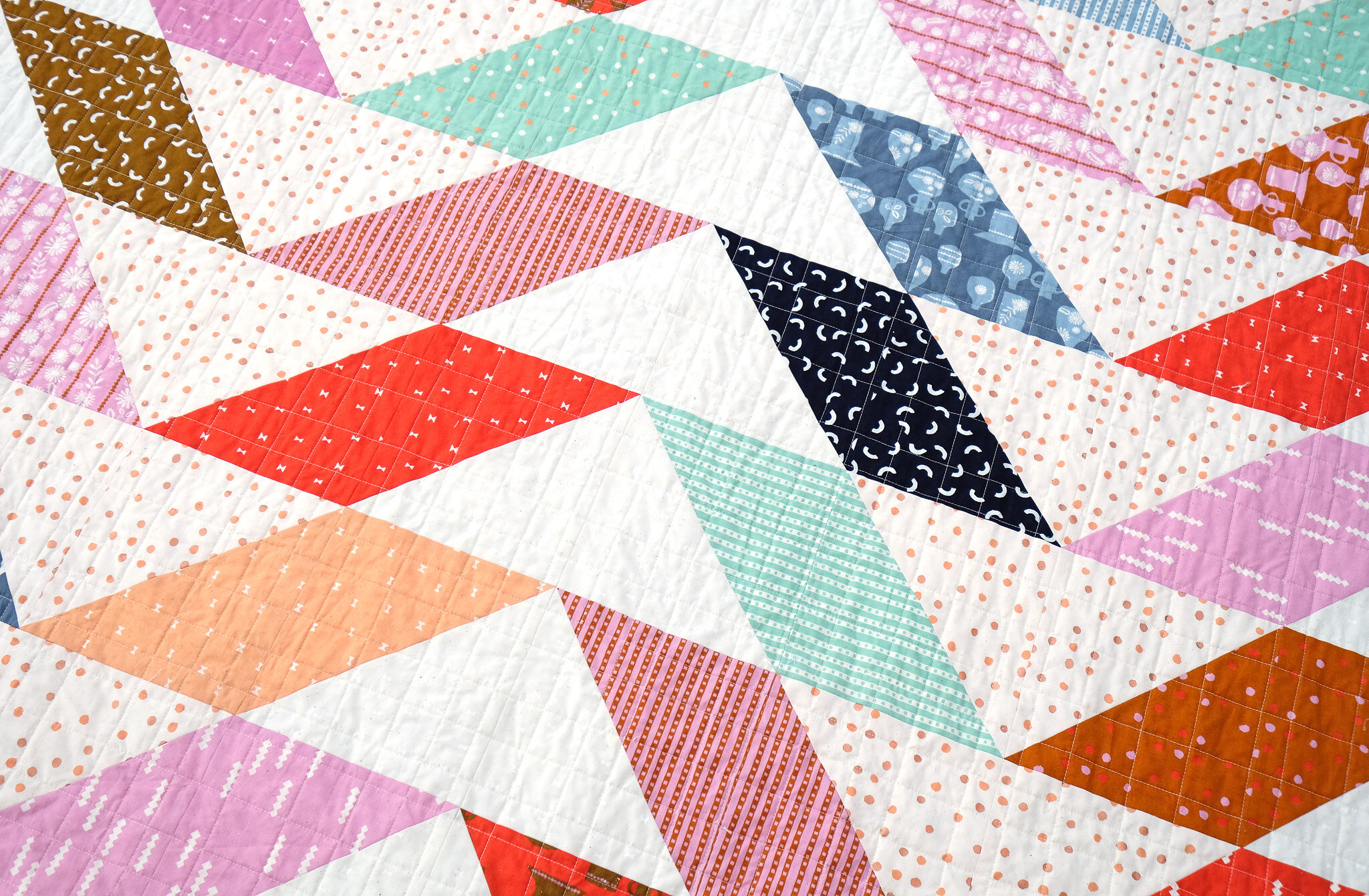 The Beatrice Quilt in Vessel - Kitchen Table Quilting