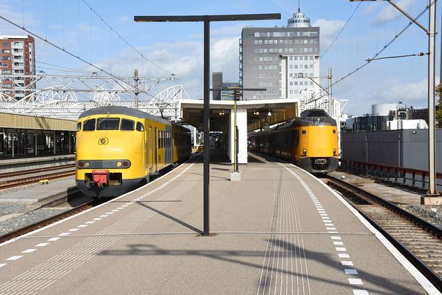 NSM 876 - NSM 4232 at Leiden Centraal, October 16, 2021