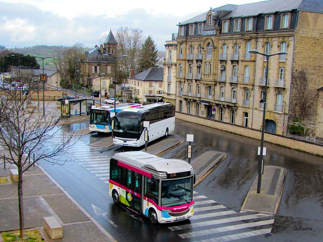 Bluebus 6M, Heuliez Gx 127L et Iveco Magelys Pro Libéo