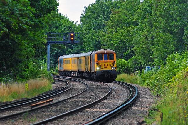 73964 + 73965 work the 1Q77 11.09 Tonbridge West Yard to Tonbridge West Yard test train seen at Denton on 25-8-21. Copyright Ian Cuthbertson