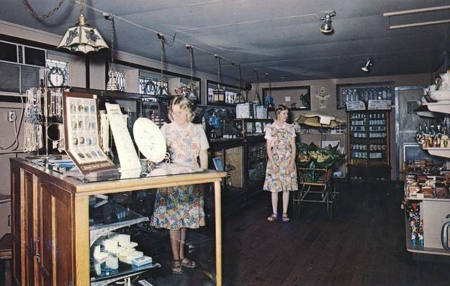 Hanns Bruebakers Jewelry & Glass Shop - Irish Hills, Michigan
