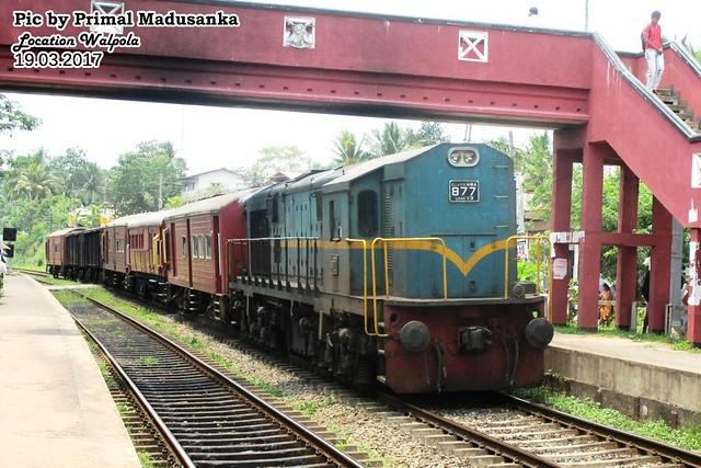 M8a 877 on Goods train at Walpola (No 4458 Maradana-Anuradhapura) in 19.03.2017