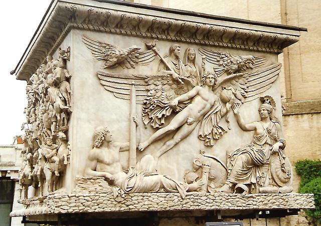 Musei Vaticani, Apotheosis of Emperor Antoninus Pius und his wife  Faustina