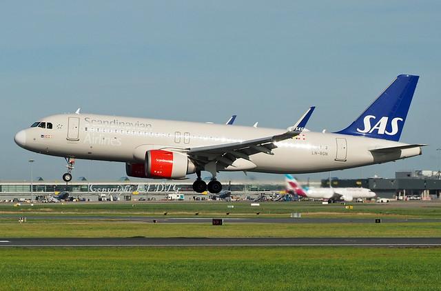 Airbus A320-251N LN-RGN S.A.S.
