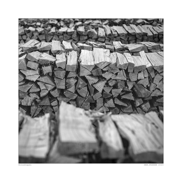 2020 08 22 Holzstapel