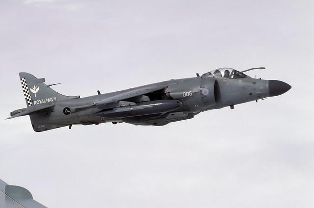 BAE Sea Harrier FA.2 ZE690 005 801 NAS 07-02