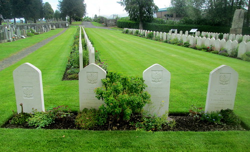 Seven Polish War Graves Jeanfield and Wellshill Cemetery, Perth