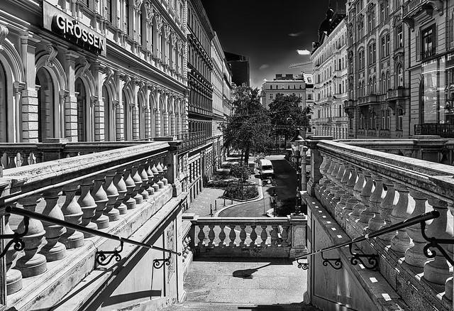 Wien, Innenstadt - 12 Uhr mittags