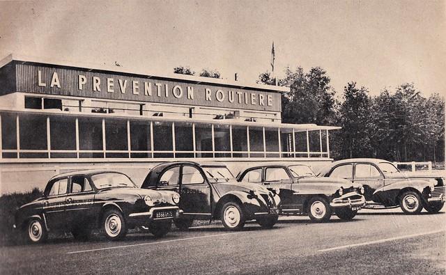 Postcard La Prévention Routière 1961a