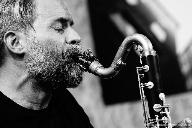 Ulrich Drechsler: clarinet