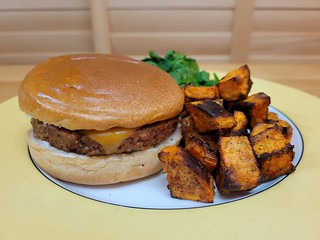 Fry's Cheeseburger