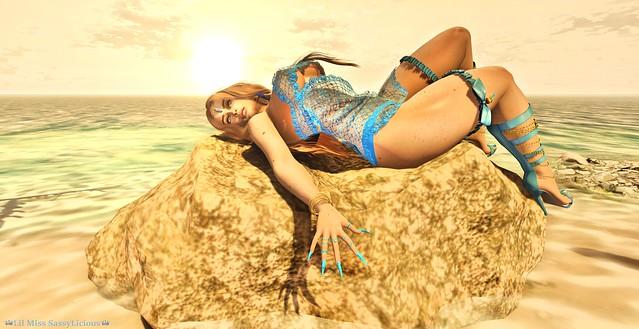 Sunday's Girl Beach Babe.♔445♔