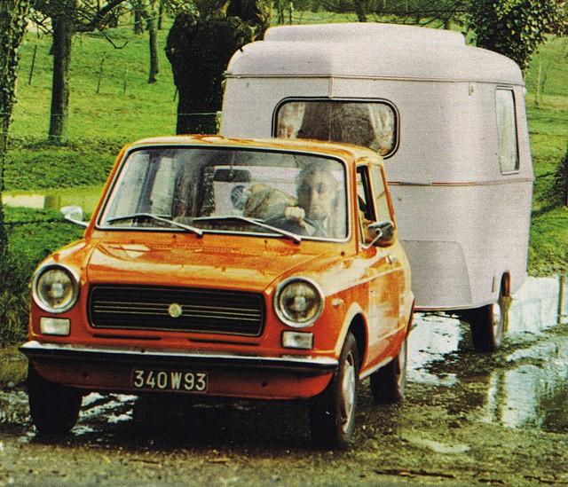Postcard Autobianchi A112 + Caravane Eriba Puck Collection L'Auto-Journal 1975a