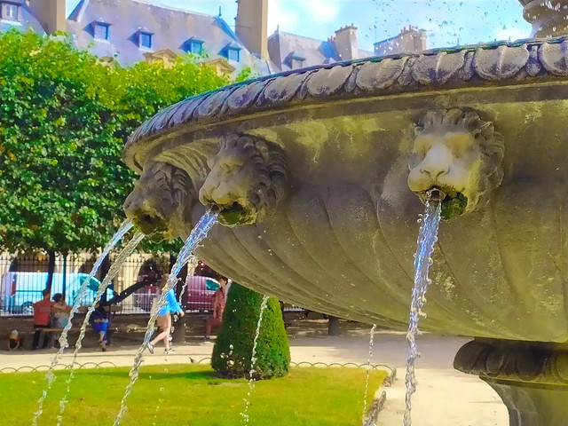 29 - Paris en Septembre 2021 - Place des Vosges