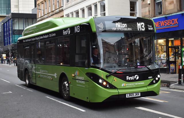 First Glasgow Alexander Dennis Enviro 200 ev electric 48901 Route M3