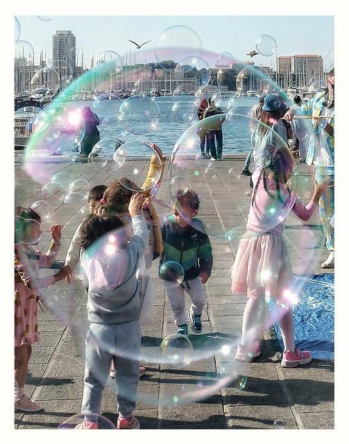 Au milieu des bulles.
