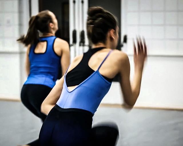 Dance ¬ 5105