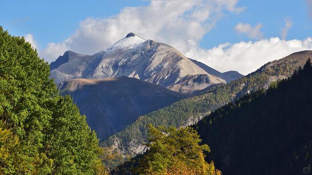 Autumnal White Peak view from Vallée de l'Ubaye