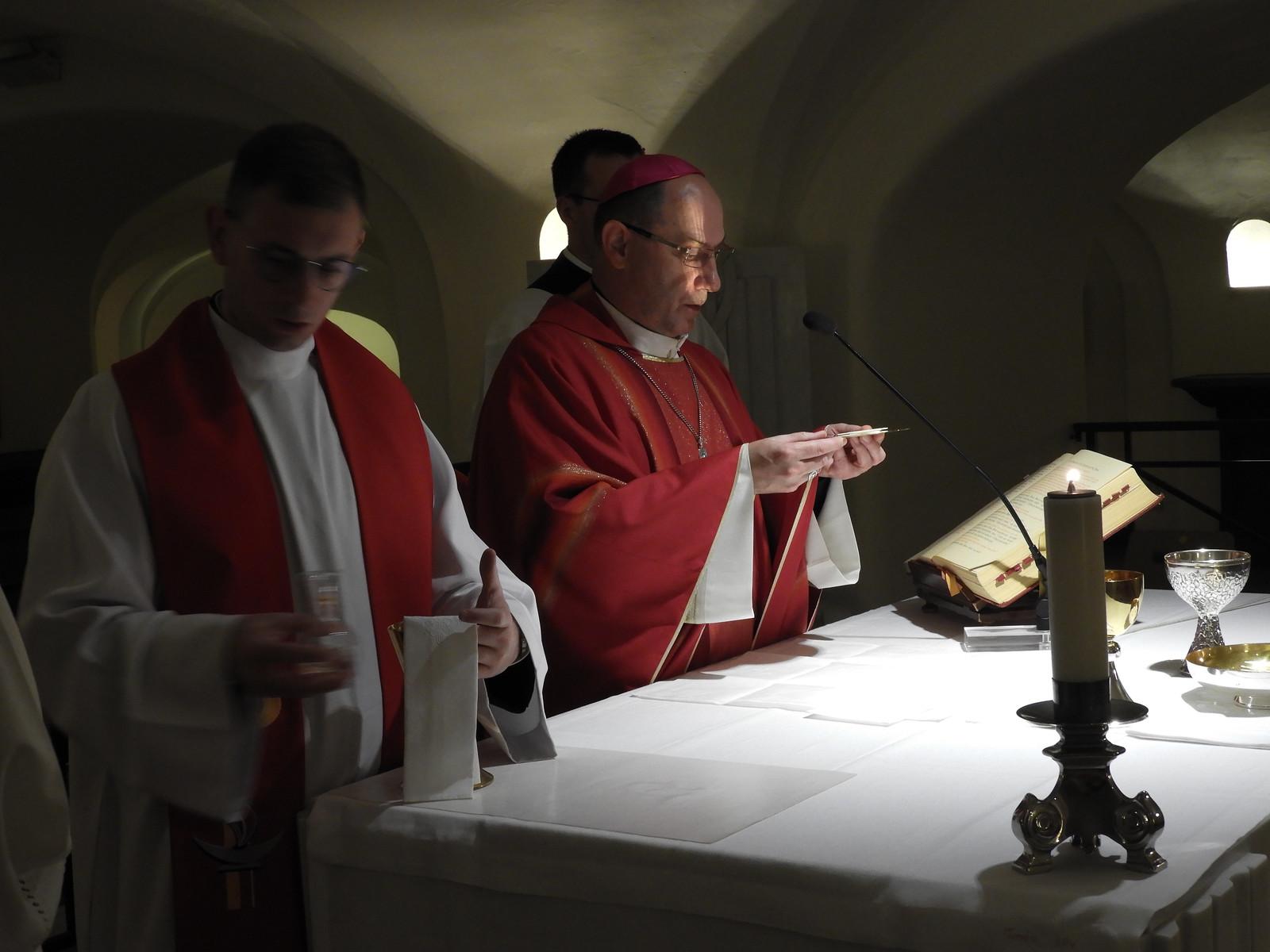 Msza Święta przy grobie św. Piotra - Ad limina apostolorum - Watykan, 18 października 2021 r.