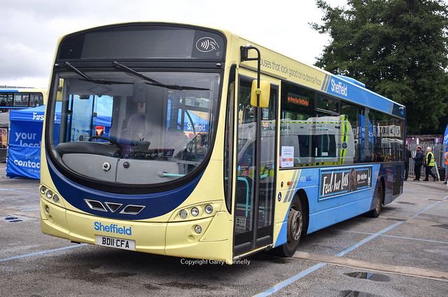 First South Yorkshire 69525 BD11 CFA