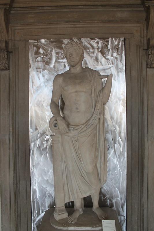 Statue of Aponus