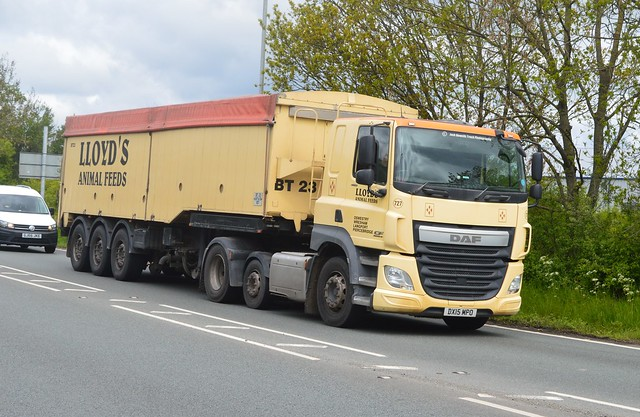 Lloyds Animal Feed DX15 MPO Driving Along the A5 At Oswestry
