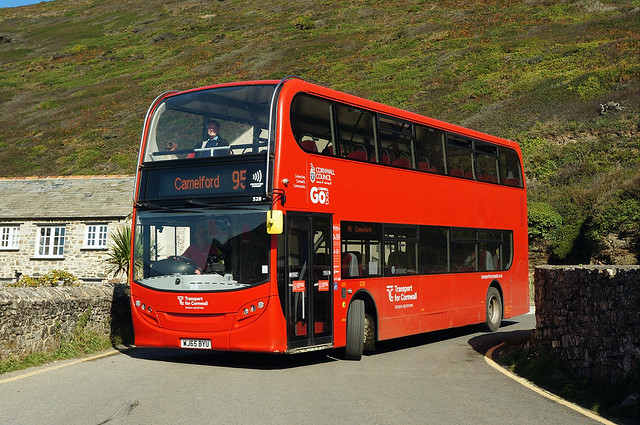 Go Cornwall 528, WJ65 BYU, on route 95 at Crackington Haven
