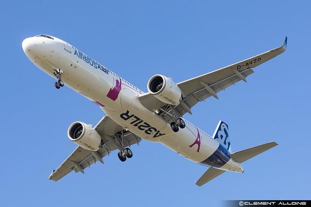 Airbus Industrie Airbus A321-251NX D-AVZO cn 7877
