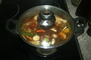 05 - Bring to a boil & simmer closed / Aufkochen & geschlossen köcheln lassen