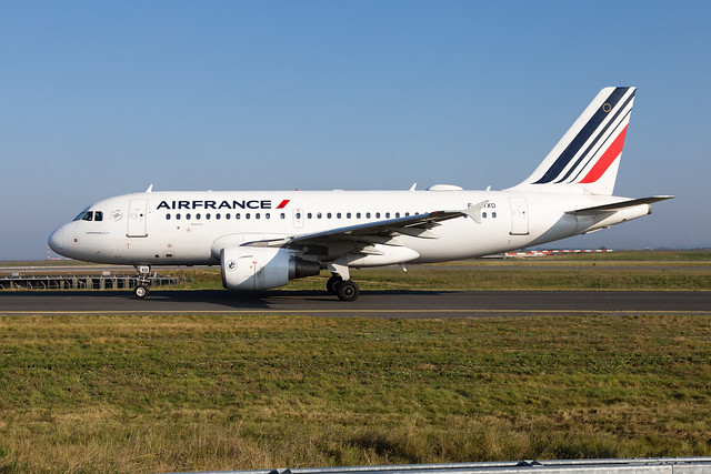 CDG - Airbus A319-111 (F-GRXD) Air France